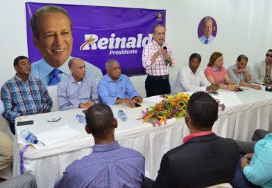 """Reinaldo asegura borrará la imagen de """"cenicienta, olvidada y atrasada"""", que se tiene de la de región Sur del país"""