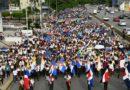 Miles de jóvenes marchan por rescate de los valores en la juventud