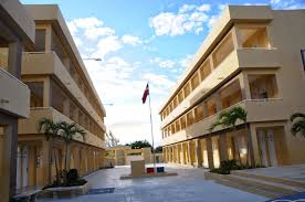 Educación inició entrega a JCE de los planteles escolares para elecciones