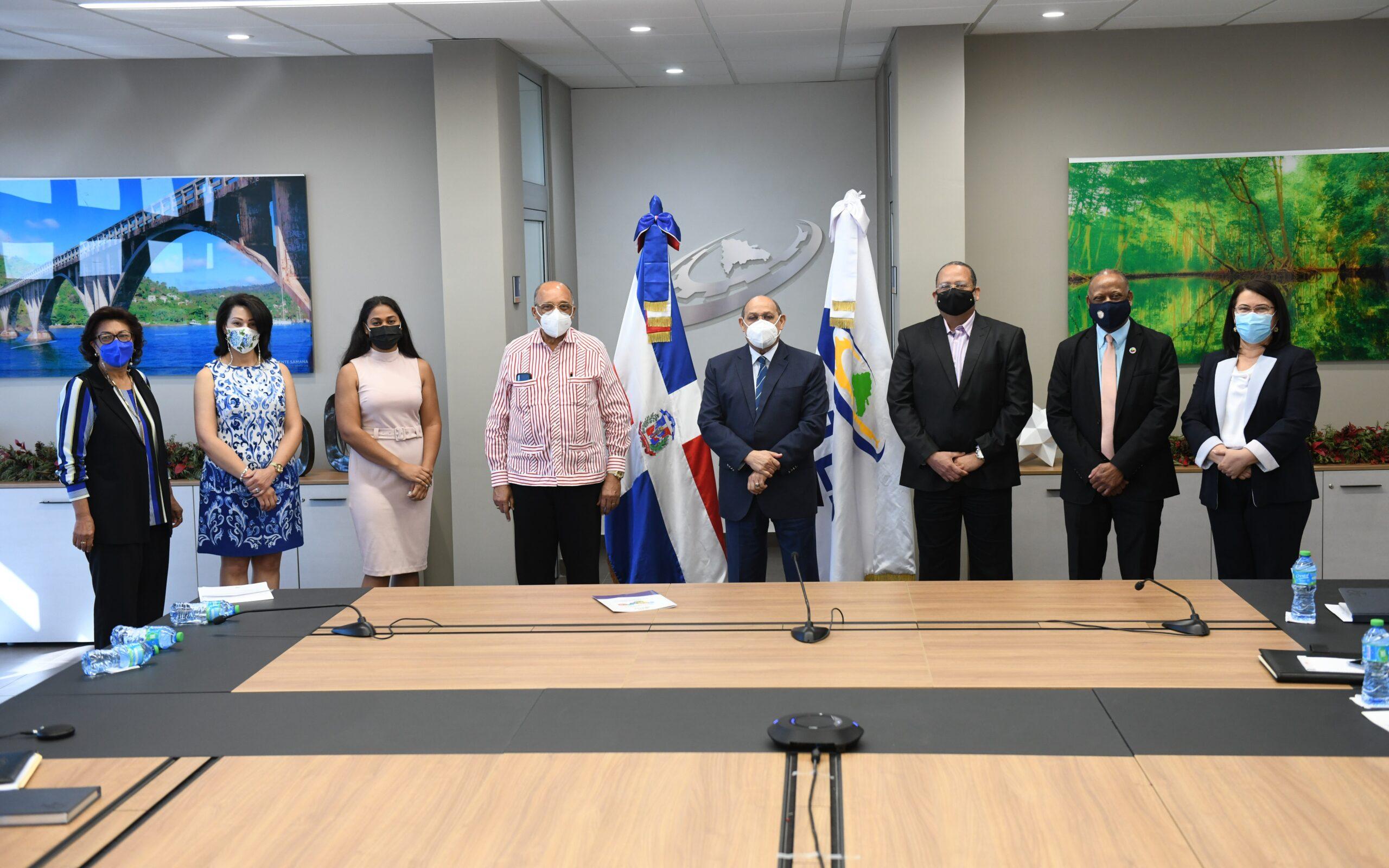 INFOTEP ofrecerá capacitación técnica a dominicanos que migrarán a Estados Unidos